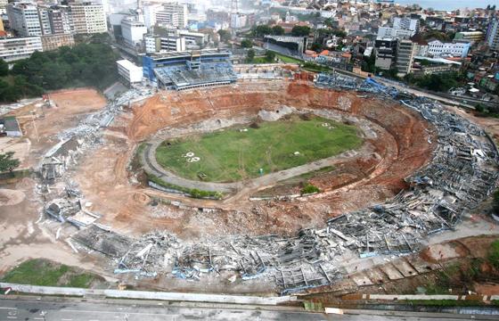 A Fonte Nova demolida (Foto: Reprodução)